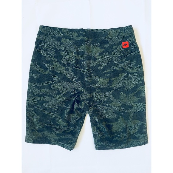 9703bf02 Nike Shorts   Golf Modern Fit Dry Desert Size 33   Poshmark